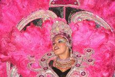 Inside the Samba Parade in Rio de Janeiro. Silvia and Silvana take us inside the Sambodromo, the biggest stage on earth, during Carnival. Brazilian Samba, Samba Costume, Rio Carnival, Travel Couple, People Around The World, Songs, South America, Albums, Ears