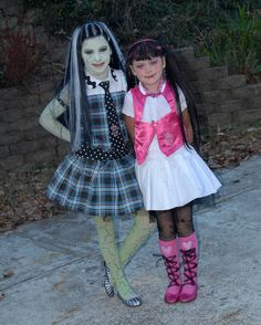 Monster High.  Frankie and Draculaura Halloween 2010 Home made costumes!