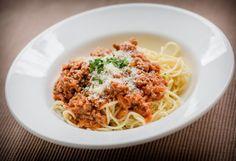Sos Bolognese do spaghetti Wine Recipes, Gourmet Recipes, Great Recipes, Cooking Recipes, Healthy Recipes, Barilla Recipes, Spaghetti Bolognaise, Pasta Puttanesca, Sauces