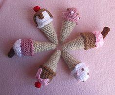 Mini Ice Cream Cones | Free crochet pattern via Ravelry