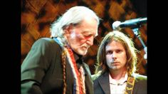Willie Nelson feat Lucas Nelson - No Place To Fly