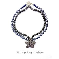 gorgeous floral pearl necklace