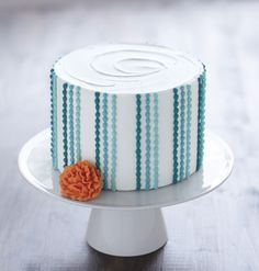 Take the new Wilton Method Course 1 and learn to decorate cakes you're proud to pin!