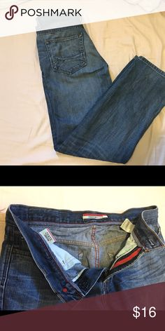 Men's Tommy Hilfiger Relaxed Jeans Men's Tommy Hilfiger Relaxed Jeans, size 31x32 Tommy Hilfiger Jeans Relaxed