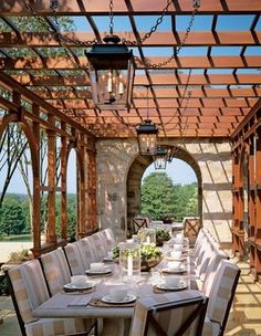 Fabulous outdoor dining!