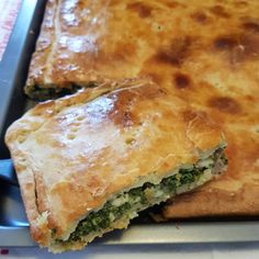 Image may contain: food Easy Delicious Recipes, Yummy Food, Tasty, My Favorite Food, Favorite Recipes, Pizza Rustica, Brunch, Calzone, Spanakopita