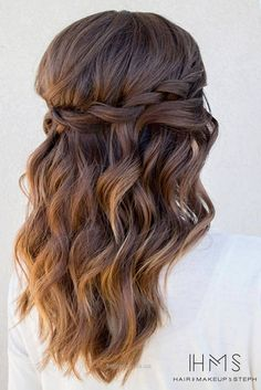 Prom Hairstyles for Curly Hair picture2… Prom Hairstyles for Curly Hair picture2 http://www.tophaircuts.us/2017/05/12/prom-hairstyles-for-curly-hair-picture2-2/