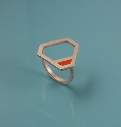 Coin de triangle ring, £95.00