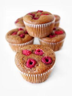 Vanilla raspberry muffins #vegan #eatmeplease #raspberry