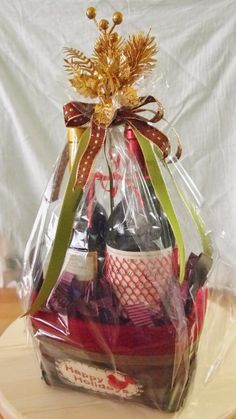 Christmas Wine Basket Idea