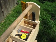 A carry box for all your tools-pics only-no plan!
