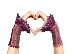 #Romantic #Fingerless #Gloves - #Pink, #Beige And #Purple #Knitted #Wrist #Warmers With #Violet #Crochet #Lace #Decoration