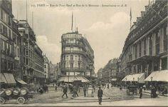 La rue du Pont-Neuf (à droite), la rue de la Monnaie et la Samaritaine, vers 1905, avant les agrandissements du grand magasin  (Paris 1er)