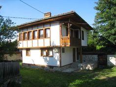 Лютова къща   Къщи за гости   Вили под наем и семейни хотели