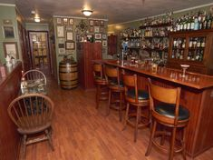 Lots of snow is coming to Vermont this week so start planing you next great weekend away and stay at North Shire Lodge. Click link Weekends Away, Virtual Tour, Vermont, New England, Liquor Cabinet, Tours, Snow, Link, Home Decor