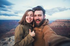 Conoce las 10 costumbres que tienen las parejas felices y como pueden conectar de una manera más trascendente y vivir su relación