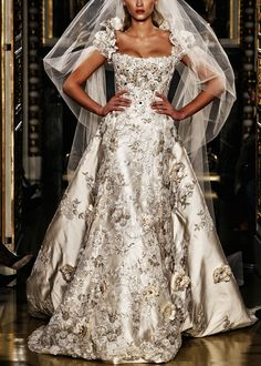 Wedding Dresses With Sleeves Lace silver wedding gown by Zuhair Murad From chiffon et ribbons Silver Wedding Gowns, Wedding Attire, Silver Gown, Zuhair Murad, Vestidos Online, Bridesmaid Dresses, Wedding Dresses, Beautiful Gowns, Evening Gowns