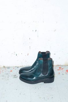 No.6 Pull on Crepe Sole Boot in Bottle