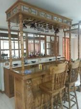 Pulaski Oak Bar With Carved Lion Head Keepsake Collection