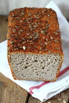 Prosty i szybki przepis na przepyszny bezglutenowy chleb z ziemniakami. Miękki, wilgotny chleb bezglutenowy, który długo zachowuje świeżość. Low Fodmap, Food Cakes, 200 Calories, Banana Bread, Cake Recipes, Food And Drink, Gluten Free, Baking, Healthy