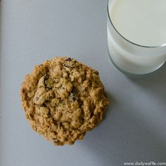 Gluten Free Oatmeal Peanut Butter Chocolate Chip Cookies - I am so going to make this recipe this weekend!!! http://@Ashley Walters Park http://@Navya Gogineni Palacherla