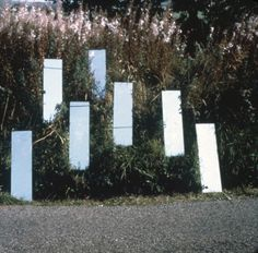 Robert Smithson, Mirror Displacement (Grassy Slope), England, 1969. ©Estate of Robert Smithson / licensed by DACS, London 2013. Image courtesy James Cohan Gallery, New York/Shanghai