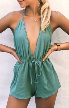 Shop Solid Solid Deep V-Neck Halter Romper without Necklace online!❤️Get outfit ideas & style inspiration from fashion designers at Ad… Spring Summer Fashion, Spring Outfits, Spring Break Clothes, Stylish Summer Outfits, Summer Fashion Outfits, Outfit Summer, Holiday Outfits, Casual Summer, Fashion Dresses