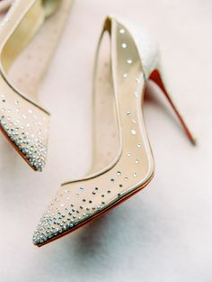 sparkling nude bridal heels | Photography: Sally Pinera