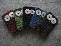 Crochet cell-phone case via Flickr.