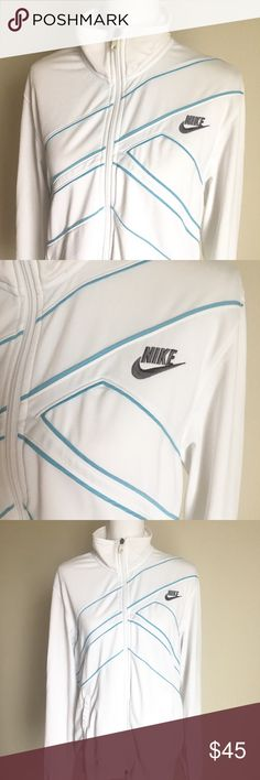 Vintage Nike Jacket ✨ Vintage Nike full zip jacket - Soft lining - Excellent condition ✨ Nike Jackets & Coats