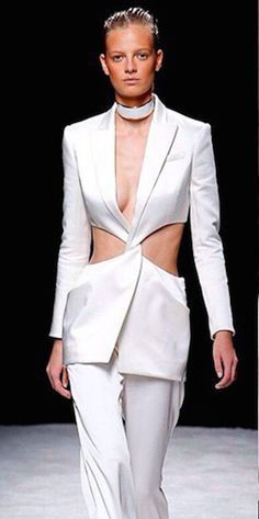 Balmain Spring Summer 2015 presentation in Paris, fashion focused eagle  eyes observed that Olivier Rousteing s 5a742e633897