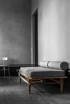 Este es el tipo de muebles que me imagino para la casa, ligeros, sencillos con líneas muy rectas