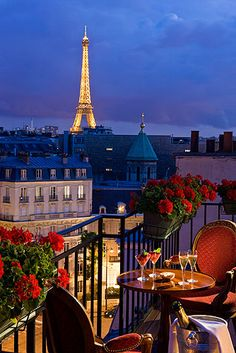 Hôtel San Régis, Paris Luxury Hotel, Boutique Suites, France, SLH