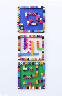 DIY PERLER BEAD MAZE (via http://babbledabbledo.com/diy-toy-perler-bead-mazes/)