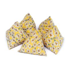 Pattern weights Yellow floral pattern weights sewing tools