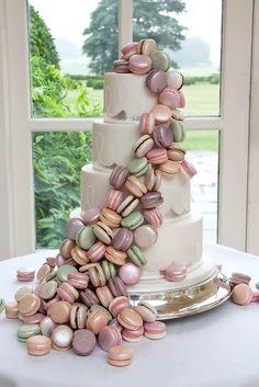 Macaron Wedding Cake-Stunning Idea #Bruidgids #Wedding2017