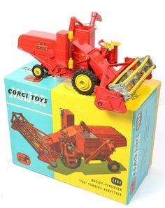 Corgi Toys 1111A Massy Ferguson Combine Harvester with metal tines.