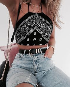 cute outfits for school ; cute outfits for winter ; cute outfits with leggings ; cute outfits for school for highschool ; cute outfits for women ; cute outfits for spring Bandana Top, Bandana Outfit, Mode Outfits, Casual Outfits, Cochella Outfits, Crop Too Outfits, Outfits With Bandanas, Summer Crop Top Outfits, Hipster Summer Outfits
