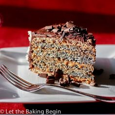 Poppy Seed cake with Dulce de Leche Buttercream December 14, 2015 By: Marina | Let the Baking Begin4 Comments