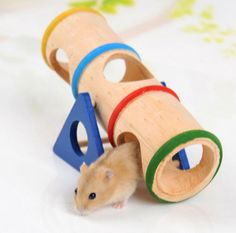 100% Brand Name Material: Not-toxic wooden Size: 16*7.8*10cm (L*W*H) Weight: 91g Applicable for:Hamster