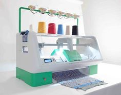 Kniterate | The Digital Knitting Machine  » Kniterate: the Digital Knitting Machine