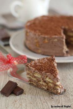 Torta mousse cioccolato e biscotti, senza cottura una torta davvero deliziosa, occorrono solo 15 minuti di preparazione, ottima!