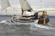 Great Voyages in Small Boats Wooden Sailboat, Wooden Boats, Small Sailboats, Yacht Boat, Boat Design, Yacht Design, Boat Rental, Boat Tours, Small Boats