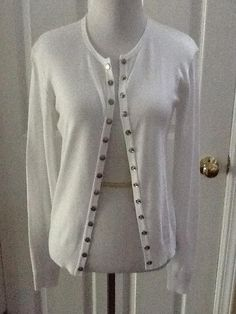 Agns B. White Agnes B. Nwot Cardigan Button Down Shirt. Free shipping and guaranteed authenticity on Agns B. White Agnes B. Nwot Cardigan Button Down Shirt at Tradesy. NWOT white Agnes b. Cardigan...