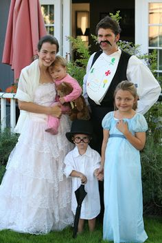 The Darling Family from Peter Pan #costumes