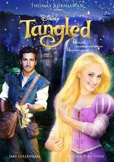 ¿Te imaginas a las actrices de Hollywood en la piel de Ariel, Bella o Mulan? Puedes dejar de imaginar porque Thomas Kurniawan ha diseñado unos magníficos posters protagonizados por Scarlett Johansson, Emma Watson y Gal Gadot, entre otros.