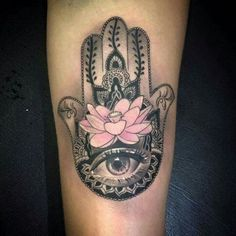 The 37 most beautiful Hamsa Tattoos and their meaning – Page 6 of 8 – 123 Ta. - The 37 most beautiful Hamsa Tattoos and their meaning – Page 6 of 8 – 123 Tattoo … - Dope Tattoos, Body Art Tattoos, Tattoo Drawings, New Tattoos, Sleeve Tattoos, Script Tattoos, Arabic Tattoos, Dragon Tattoos, Hamsa Tattoo Design
