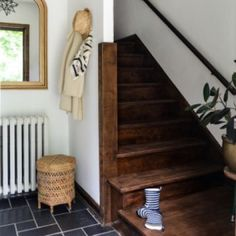 Enhance the natural beauty of interior wood surfaces by applying this excellent Varathane Sunbleached Premium Fast Dry Interior Wood Stain. Staining Wood Floors, Staining Cabinets, Cabinet Stain, Wood Flooring, Interior Wood Stain, Interior Walls, Stain Furniture, Painting Furniture, Rustic Furniture