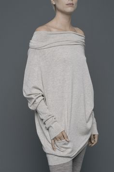 WALT  long top with long cuffs and pocket detail at front
