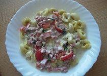 Rychlá sýrová omáčka s čerstvou zeleninou Pasta Salad, Grains, Rice, Ethnic Recipes, Food, Diet, Crab Pasta Salad, Essen, Meals